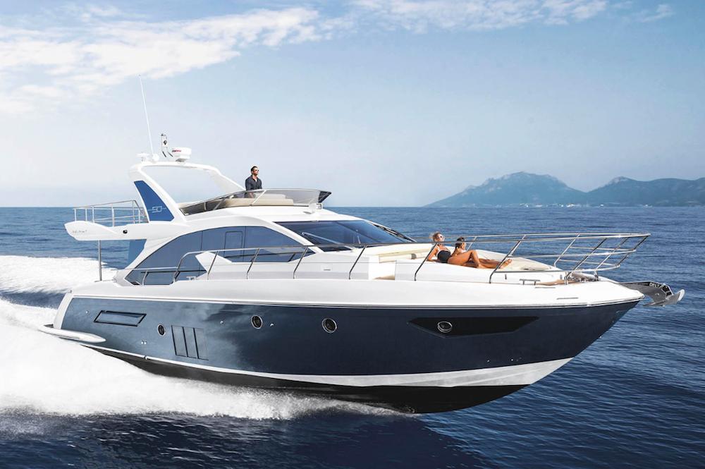 Azimut yacht al boot di d sseldorf 2017 top yacht design for Il canotto a bordo degli yacht