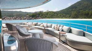 eagUFgqCQmGxwLWP0CPt_Feadship-super-yacht-Savannah-owners-deck-aft-1600x900