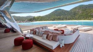 iuggn52Qm6OBRfKkOBKH_Feadship-super-yacht-Savannah-sundeck-1600x900