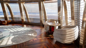 rJsvef0SYmQ5CBmLrNbg_Feadship-super-yacht-Savannah-owners-stateroom-aft-1600x900