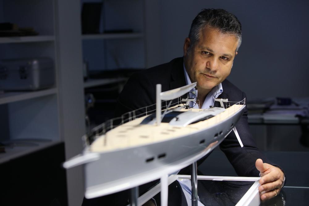 Profile: Alberto Simeone