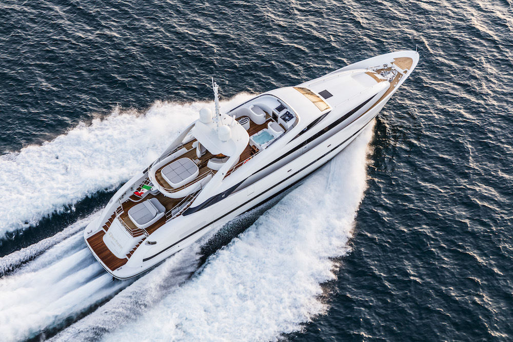 New Isa Sport 120 Clorinda: World Premiere at Cannes and Monaco Boat Shows