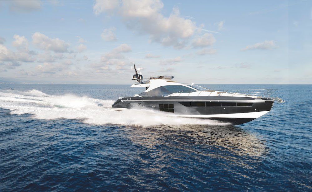 """Azimut S7 wins the """"European Power Boat of the Year 2018"""" award at the Düsseldorf Boat Show"""