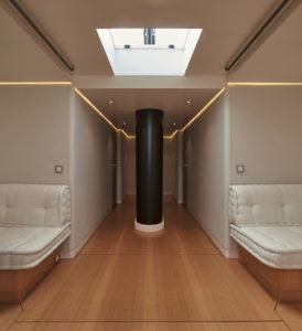 wallycento Galateia_ph. Toni Meneguzzo_corridor with mast foot