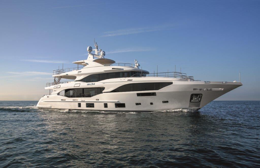 Mediterraneo 116' m/y Mr Loui in anteprima mondiale  Al Miami yacht show 2018