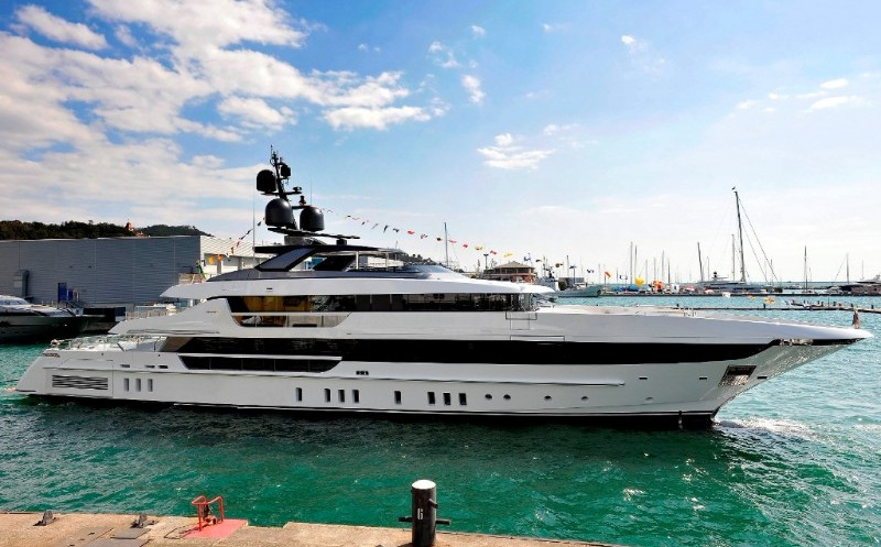 Sanlorenzo launches the second unit of its superyacht 52Steel