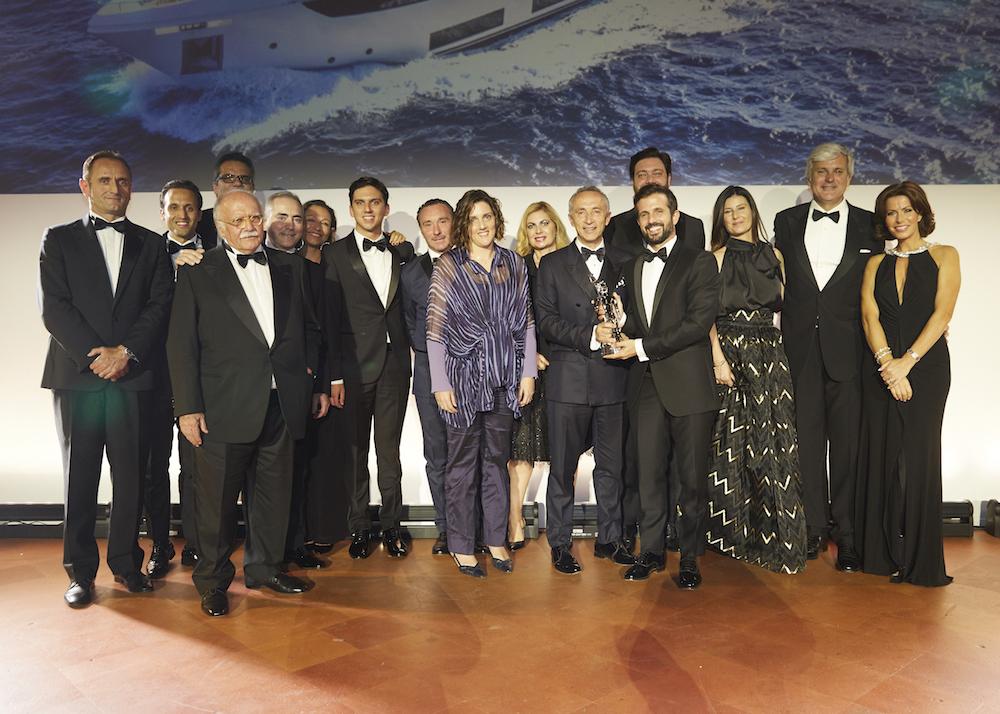 "Custom Line Navetta 33 ""Telli"" wins International Yacht World 'Oscar'"