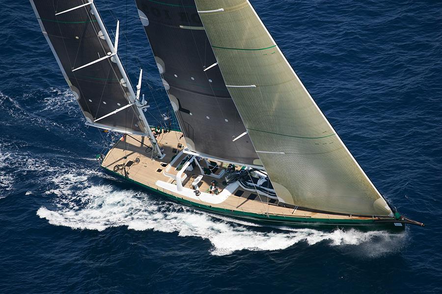 1995_Nariida_carbon-fiber-sails_ph-Nico-Martinez.
