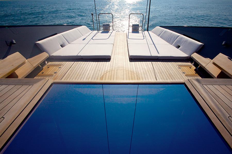 2006_Esense terrace mega saile_ph. Toni Meneguzzo