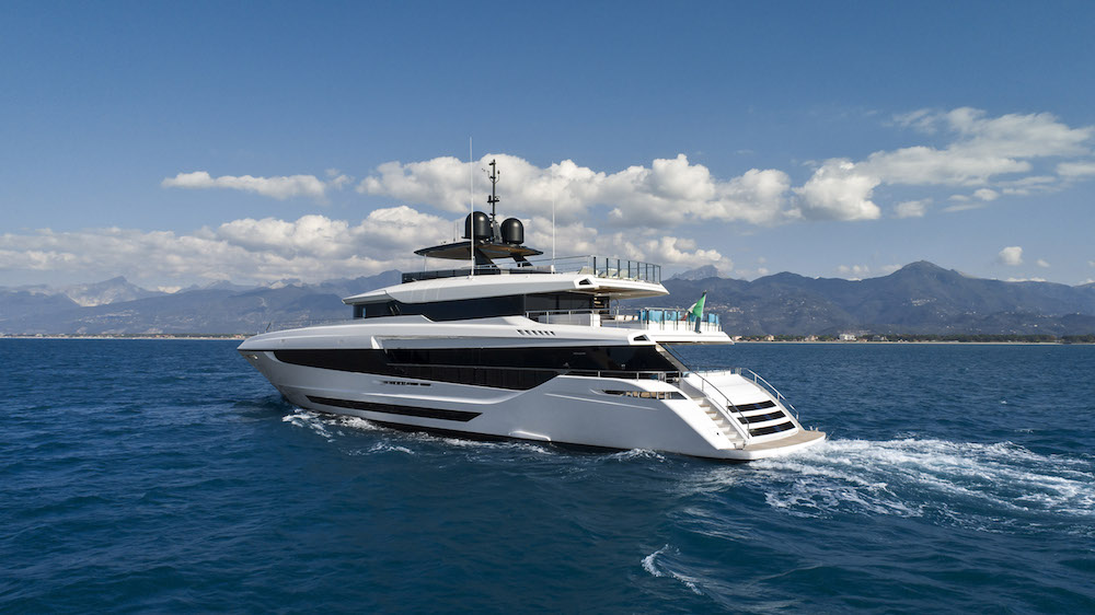 The new Mangusta Oceano 43 has put out to sea