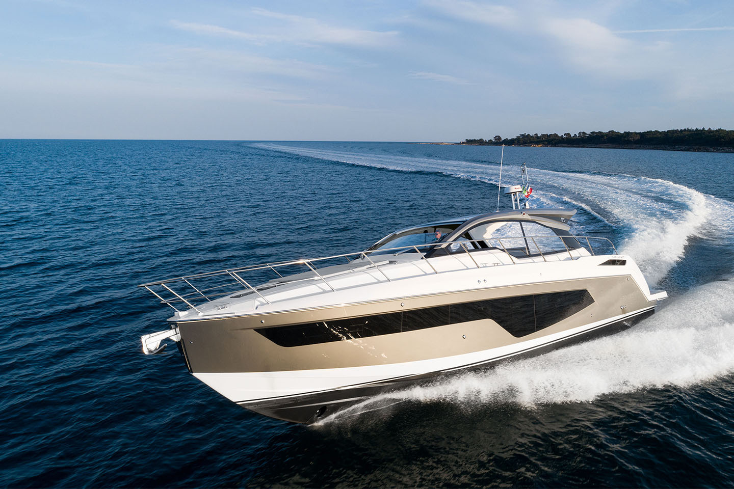 Azimut Yachts takes centre stage at the 2019 Versilia Yachting Rendez-Vous with the global launch of Atlantis 45