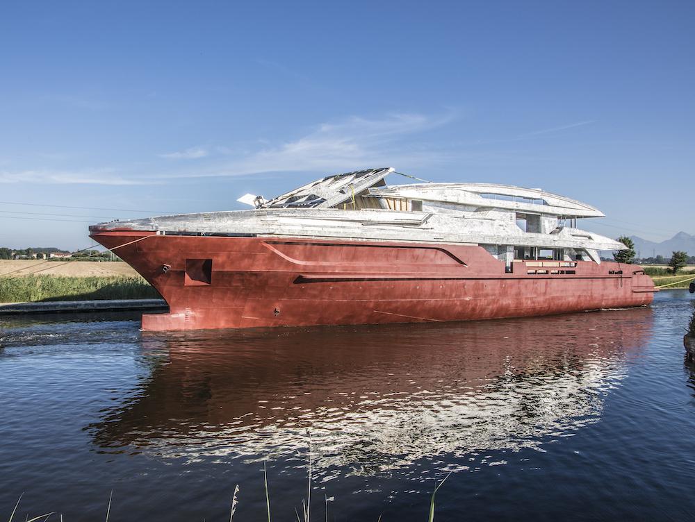 Baglietto annuncia la vendita dello scafo 10233, 48m T-LINE