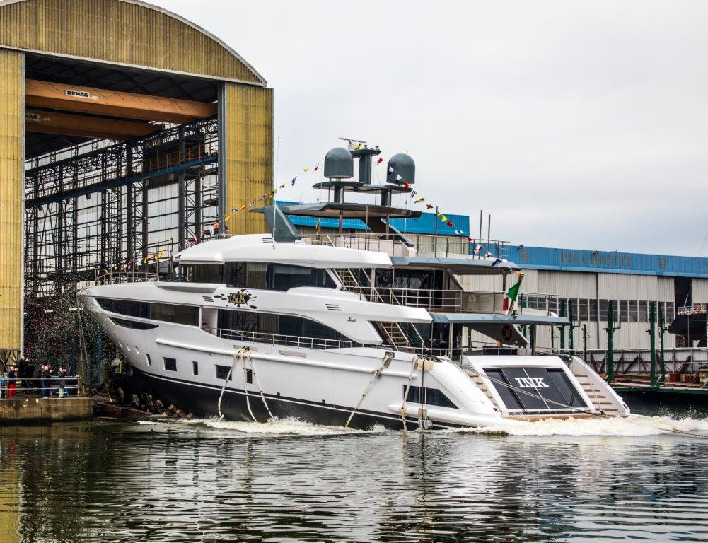 Benetti launches the first Diamond 145