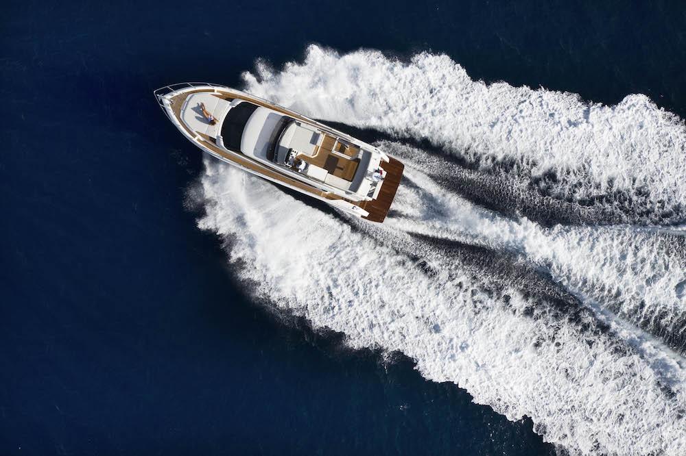 Ferretti Yachts 500: cruising just like home